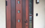 玄関ドア木部塗装施工後