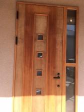 玄関ドア木部塗装施工前